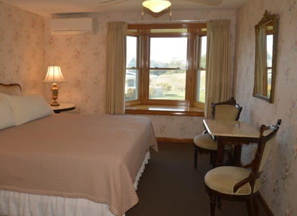 Room 5..
